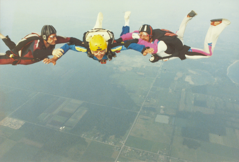 Assisted skydiving (Epp, Rick, Toronto Star, Sep. 8, 1995, p. B3)